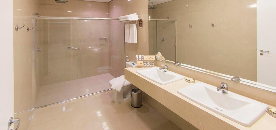Suites Mont Blanc Premium (Cama Tamaño Súper King)